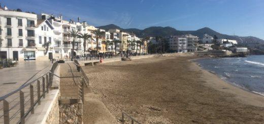 San Sebastian beach on a gloriously sunny morning