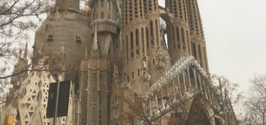 The Sagrada Familia with the new arch